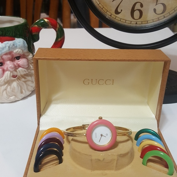 20d858060e0b Gucci Accessories - Authentic Gucci 1100-L bezels women s watch